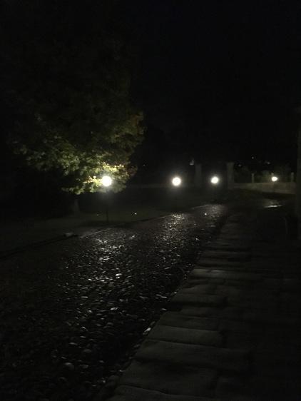 Der Weg hinauf zur Burg.